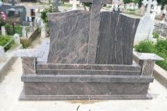 monumente funerare cimitir bacau10