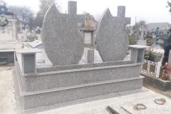 monumente funerare cimitir bacau12