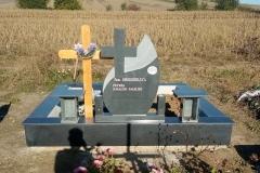 monumente funerare cimitir bacau20